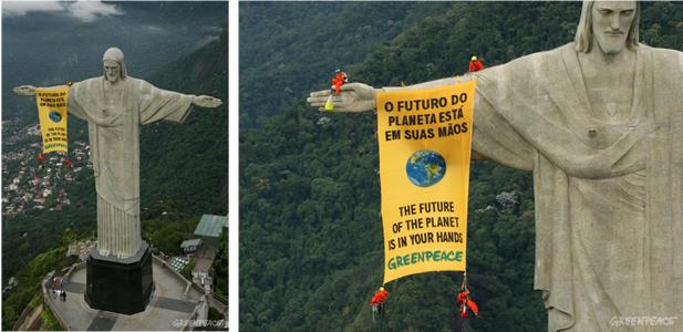 Figuras 2 y 3. Activistas de Greenpeace despliegan una pancarta en el famoso Cristo de Corcovado para pedir a los 188 gobiernos participantes en la Cumbre de la Biodiversidad (CBD) una inmediata protección de la biodiversidad. Fuente: Artículo- La importancia de la Cumbre de Río de Janeiro (1992)